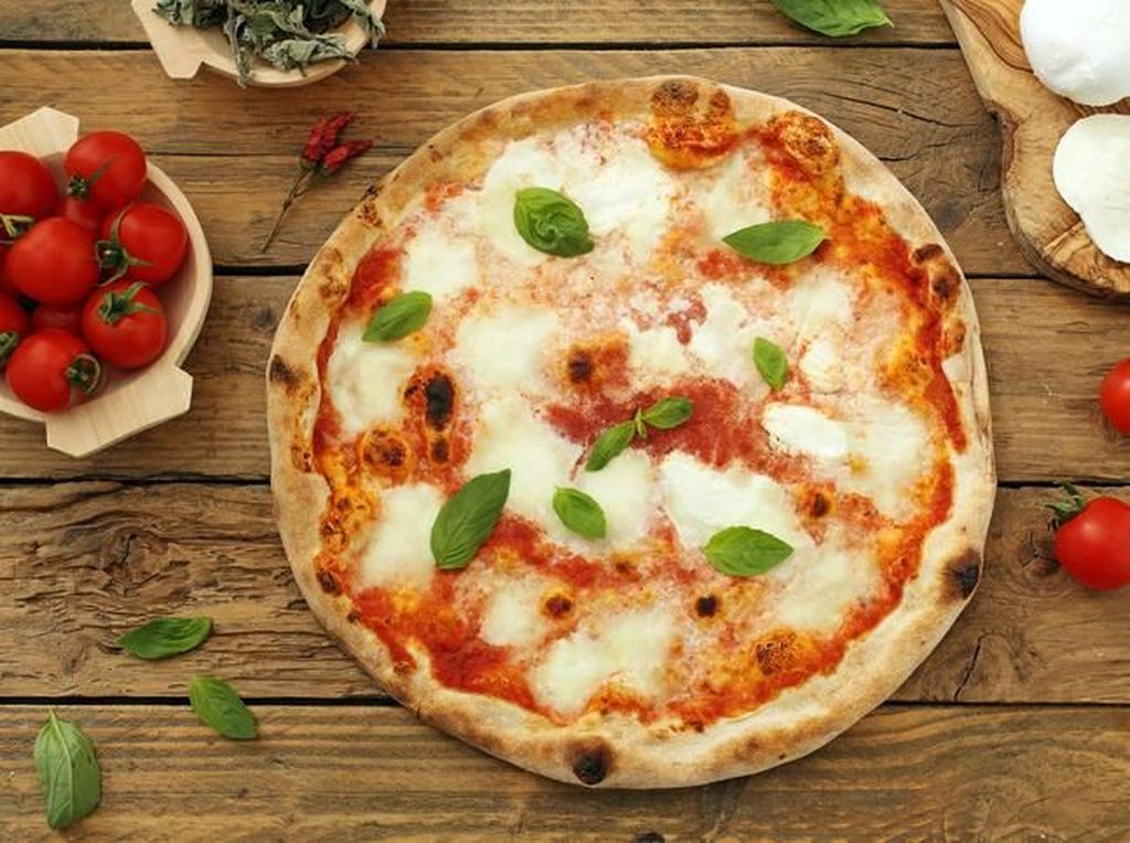 Chef Carlo Cracco Dihujat Netizen Karena Buat Varian Pizza Margherita Baru