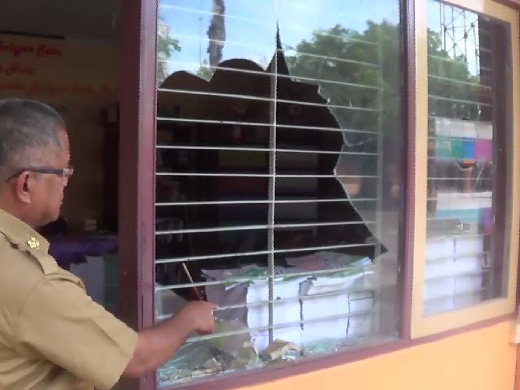 Suporter PSM Rusak Sekolah Kejuruan di Makassar