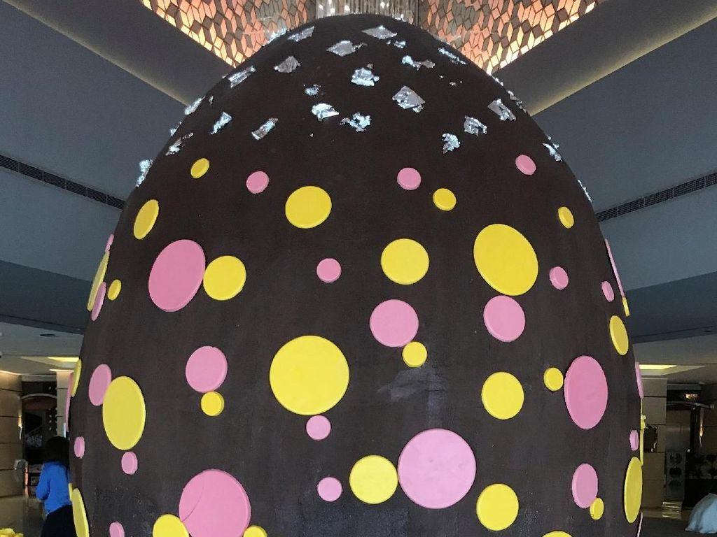 Wow! Ada Telur Paskah Seberat 80 Kg di Dubai