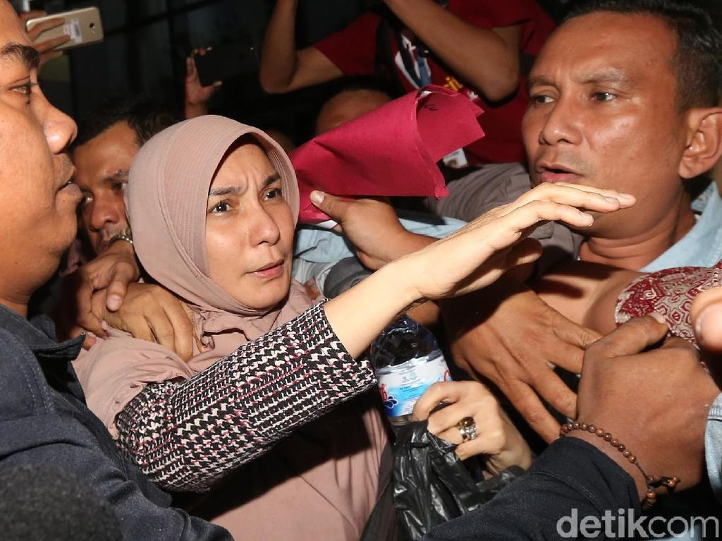 Kandidat Wali Kota Malang, Yaqud Ananda Ditahan KPK