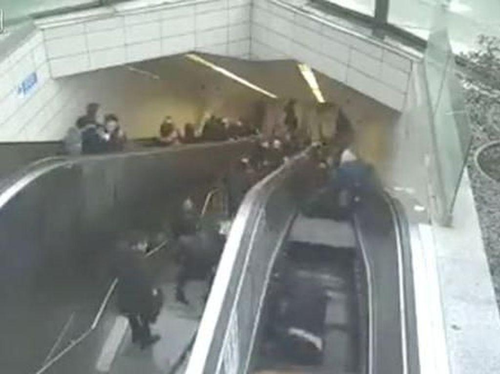Detik-detik Eskalator di Turki Telan Seorang Pria