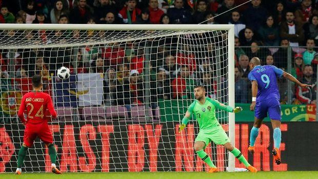 Timnas Belanda Taklukkan Portugal 3 0