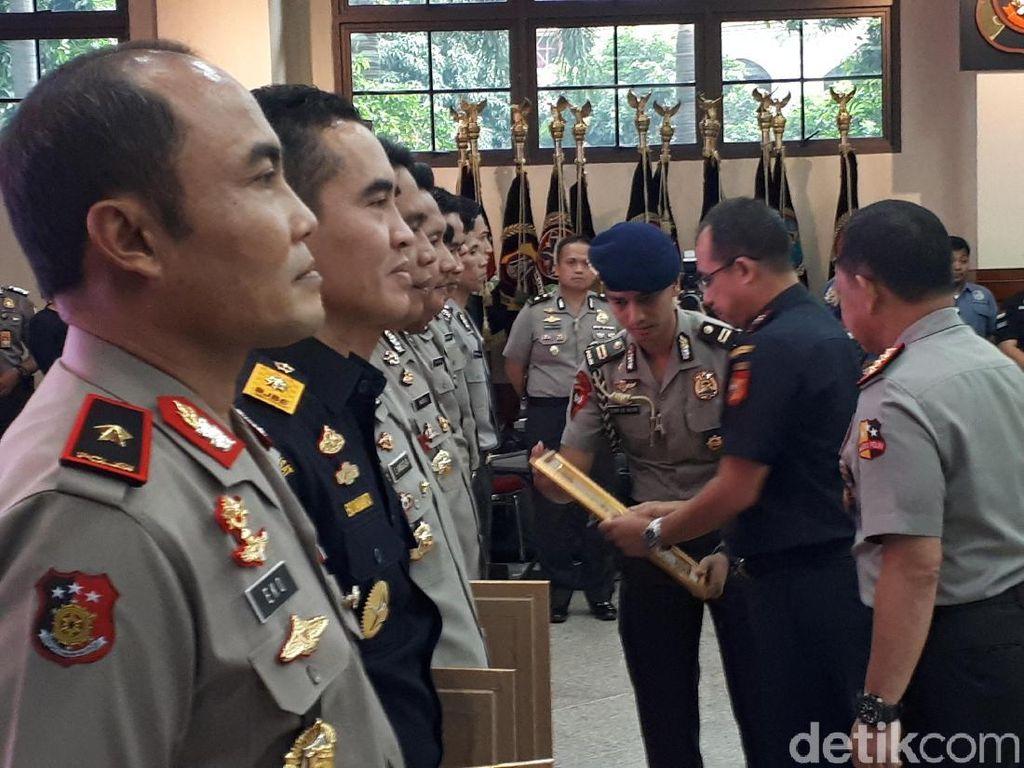 Ungkap 1,6 Ton Sabu, 2 Perwira Dipromosikan Jadi Kapolres