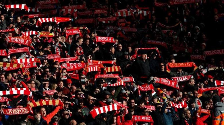Di Francesco Sudah Bayangkan Panasnya Atmosfer Anfield