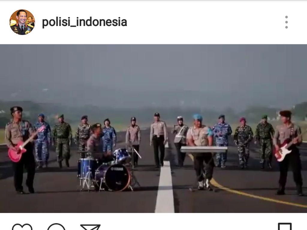 Populer, Band Polisi Ciko Bikin Video Klip Sinergitas TNI-Polri