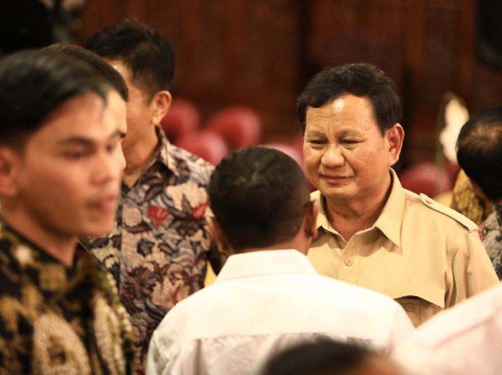 Revolusi Putih di Jakarta yang Terus Dipantau Prabowo