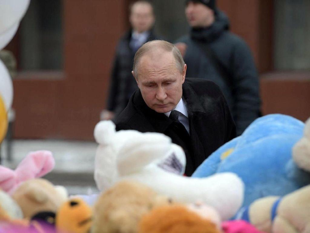 Ekspresi Geram Putin Soal Kebakaran Mal yang Tewaskan 64 Orang