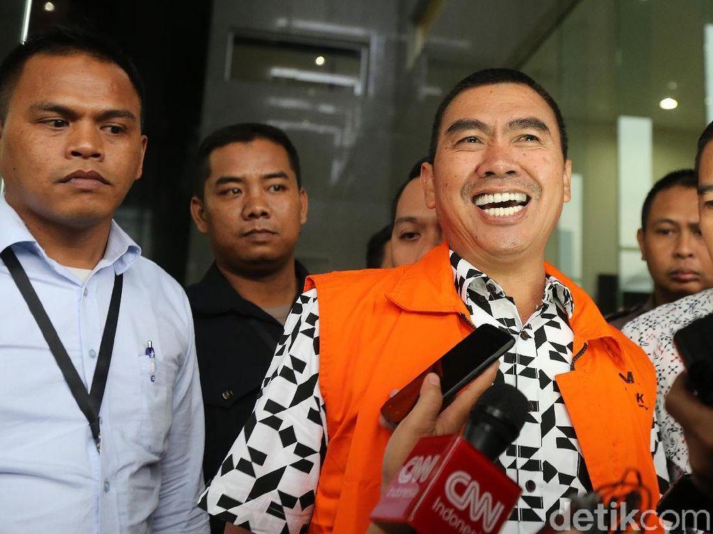Ditahan KPK, Wali Kota nonaktif Malang Tersenyum Lebar