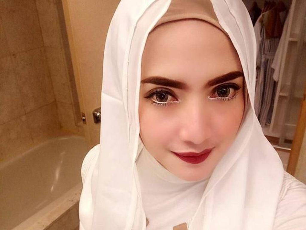 Hikmah Isu Jadi Istri Ketiga Opick, Follower Yulia Mochamad Nambah