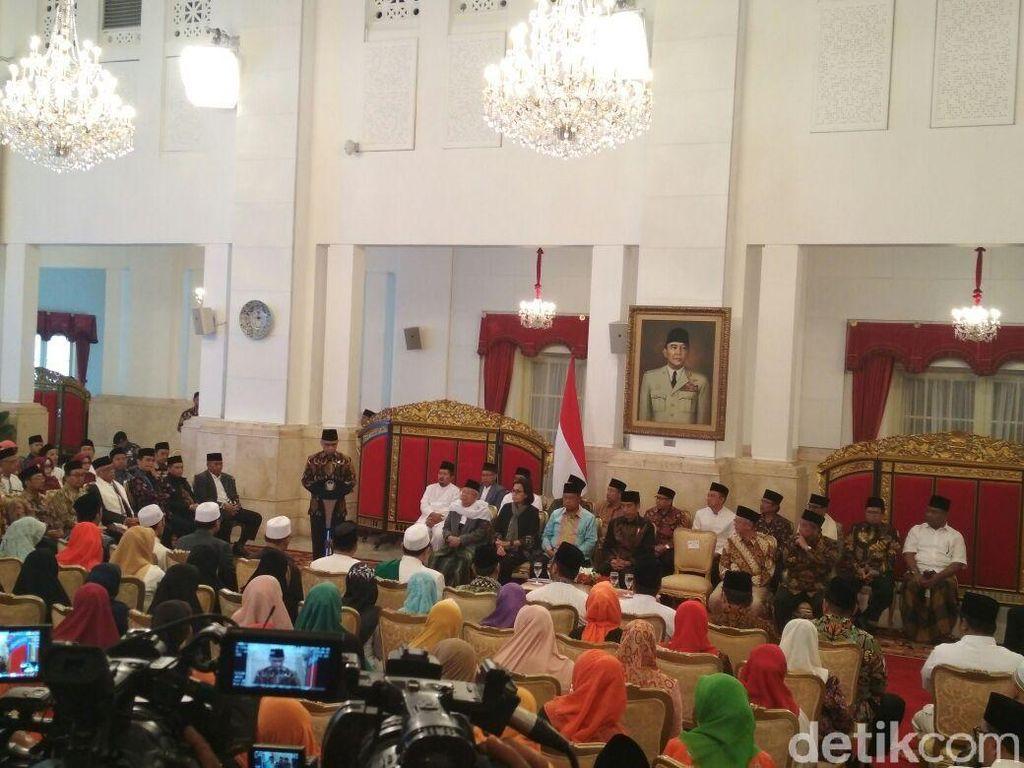 Jokowi Terima 300 Perwakilan Bank Wakaf se-Indonesia