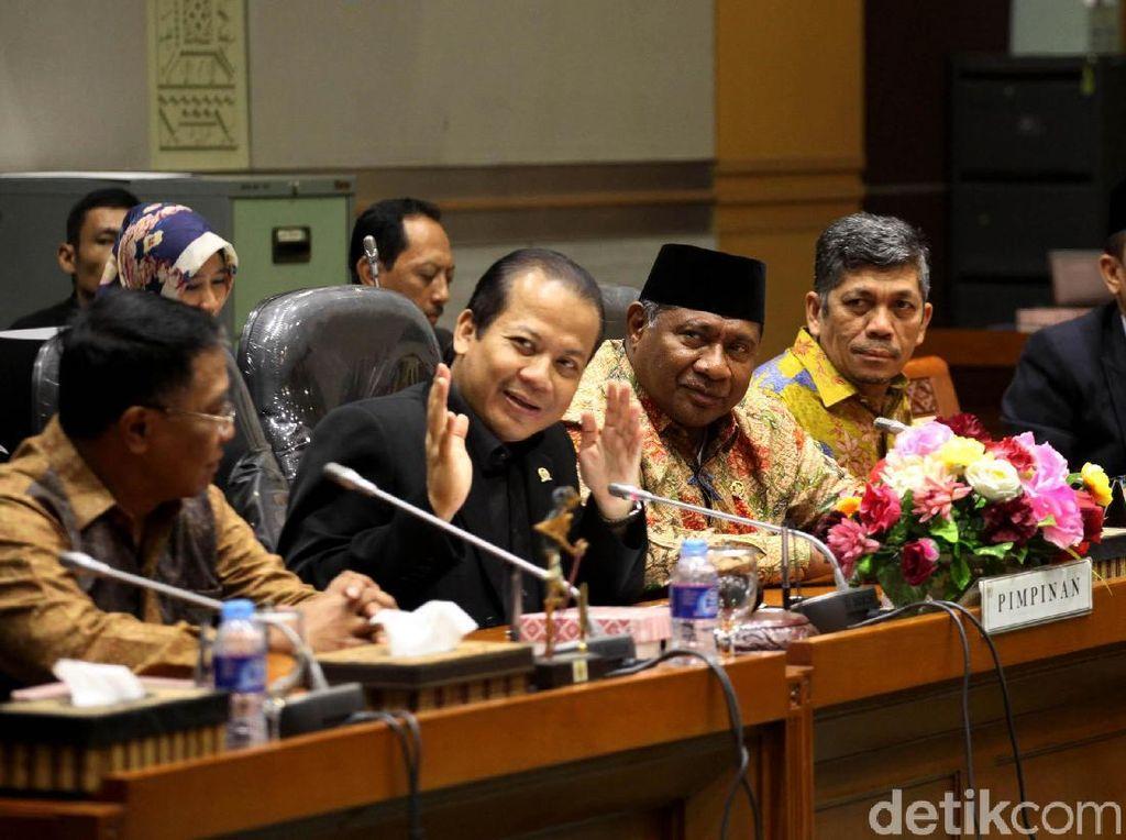 Taufik Kurniawan Lantik Wakil Ketua Komisi VI dan VIII dari Fraksi Golkar