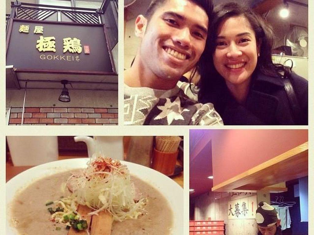 Gaya Suami Dian Sastro Kulineran hingga Keindahan Kafe Rustic di Bangkok