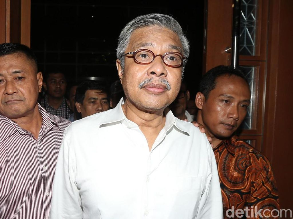 MA: Mantan Gubernur Sultra Nur Alam Rugikan Negara Rp 4,3 Triliun