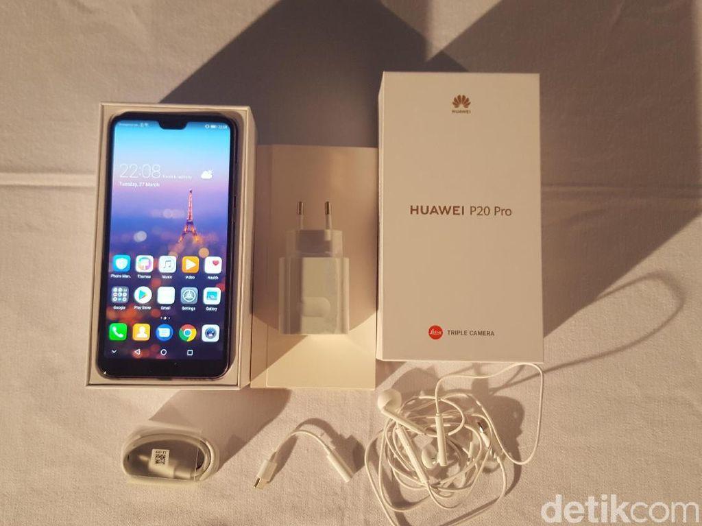 Ponsel Seri Premium Huawei Laris Manis