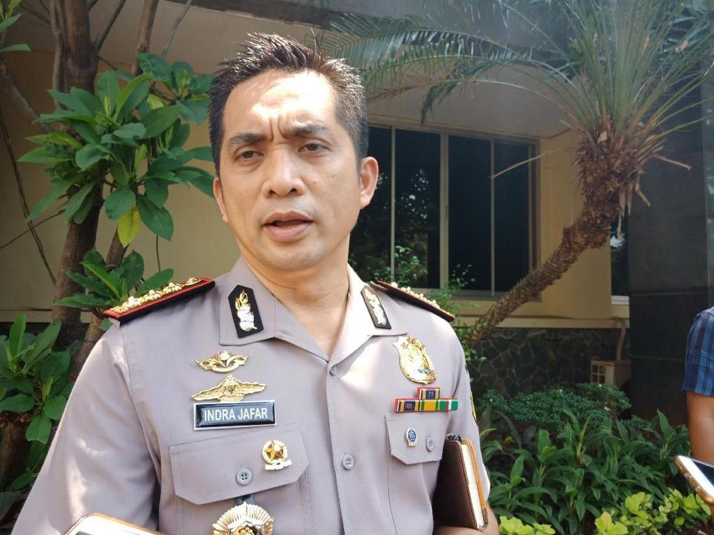 Polisi Cek CCTV Terkait Vandalisme Banner Asian Games
