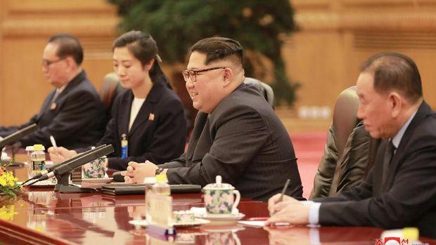 Kim Jong-un Berkunjung, China Blokir Medsos