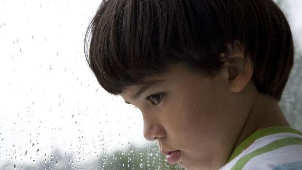 Ilustrasi anak sedih