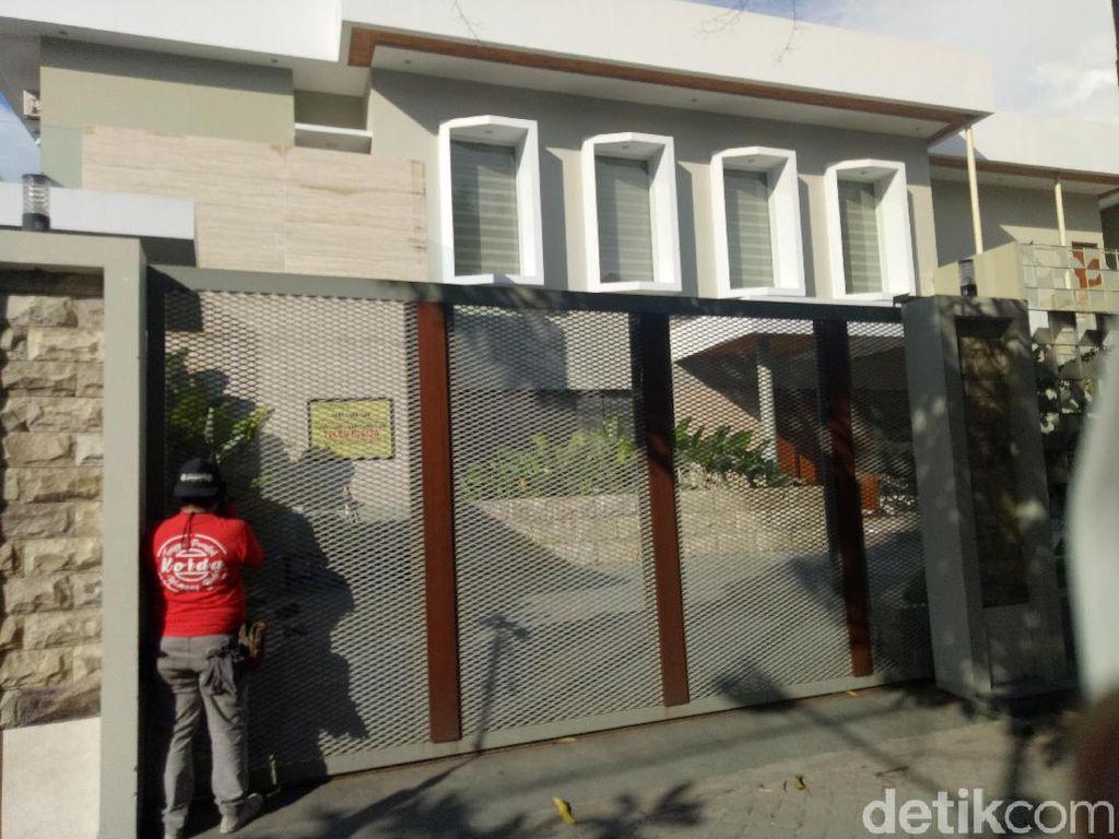 Rumah Mewah hingga Moge, Ini Harta Bos Abu Tour yang Disita