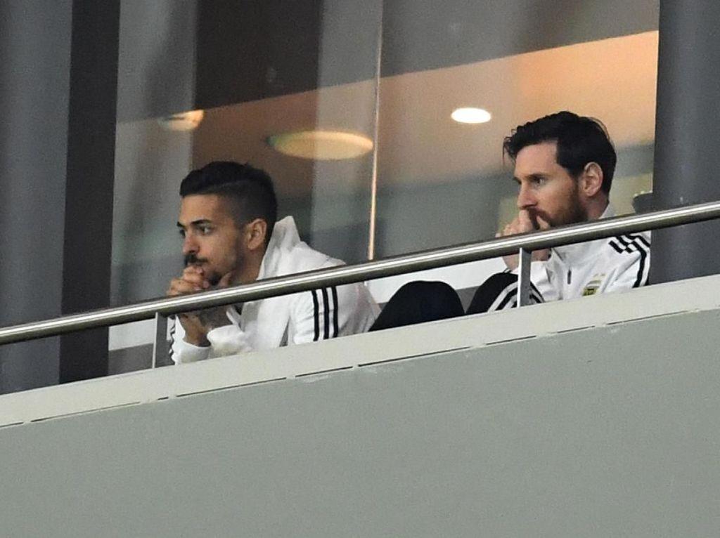 Wajah Muram Messi Lihat Argentina Dibantai Spanyol