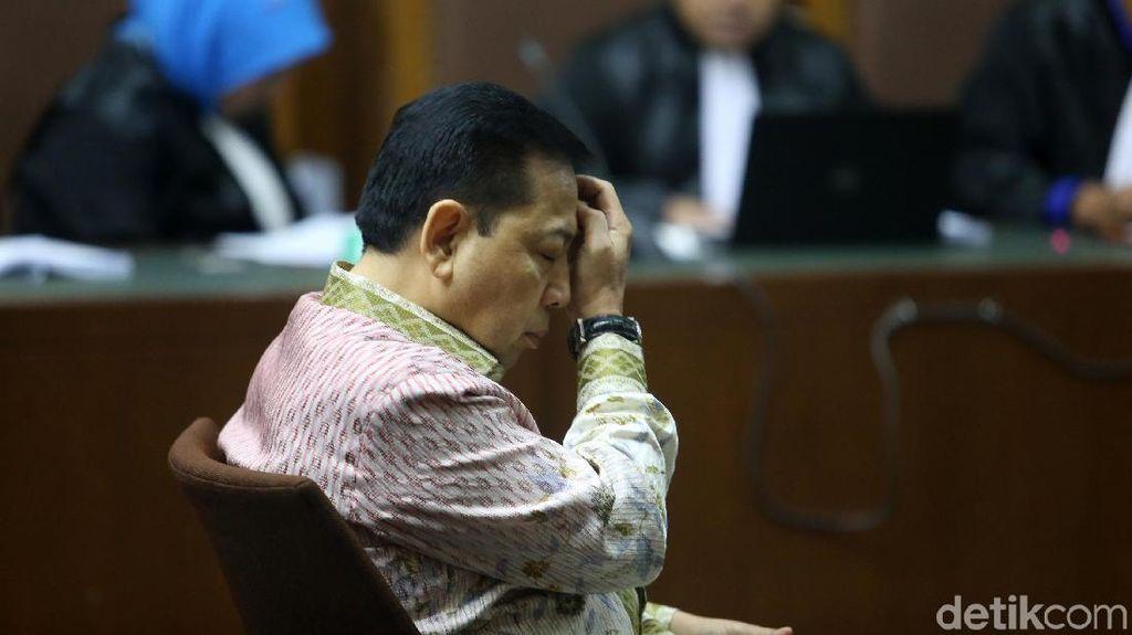 Foto: Setya Novanto Dituntut 16 Tahun Penjara