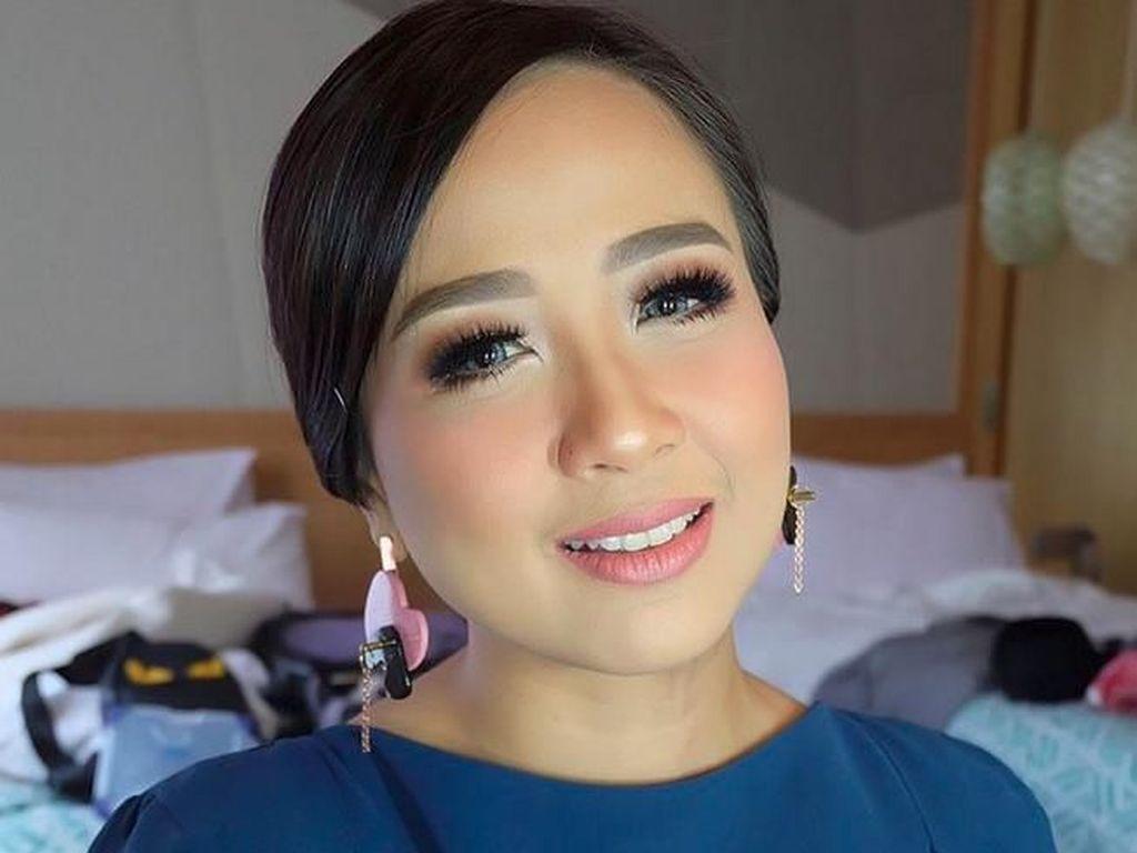 Dapat Royalti dari Rumah Karaoke, Astrid Semangat Berkarya