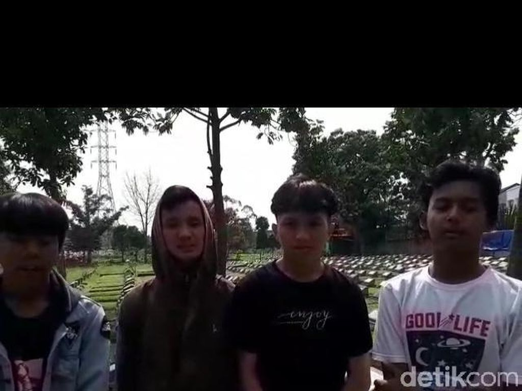 Pemeran Parkour Lompati Batu Nisan di Bandung Minta Maaf