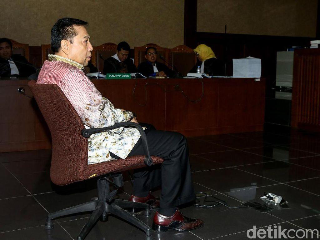 Setya Novanto Terkejut Dituntut 16 Tahun Penjara