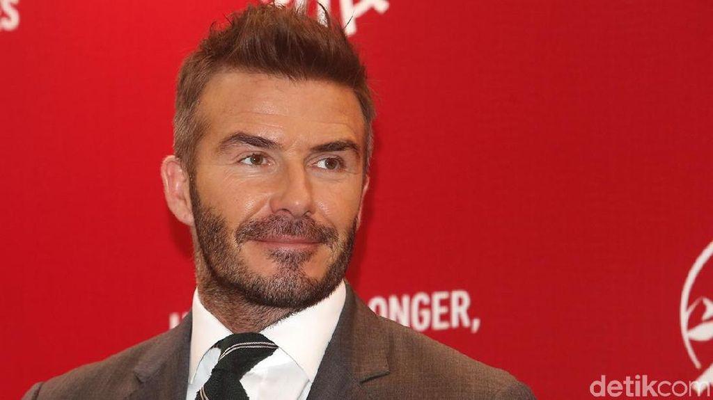 Diduga Main HP sambil Nyetir, David Beckham Ditilang