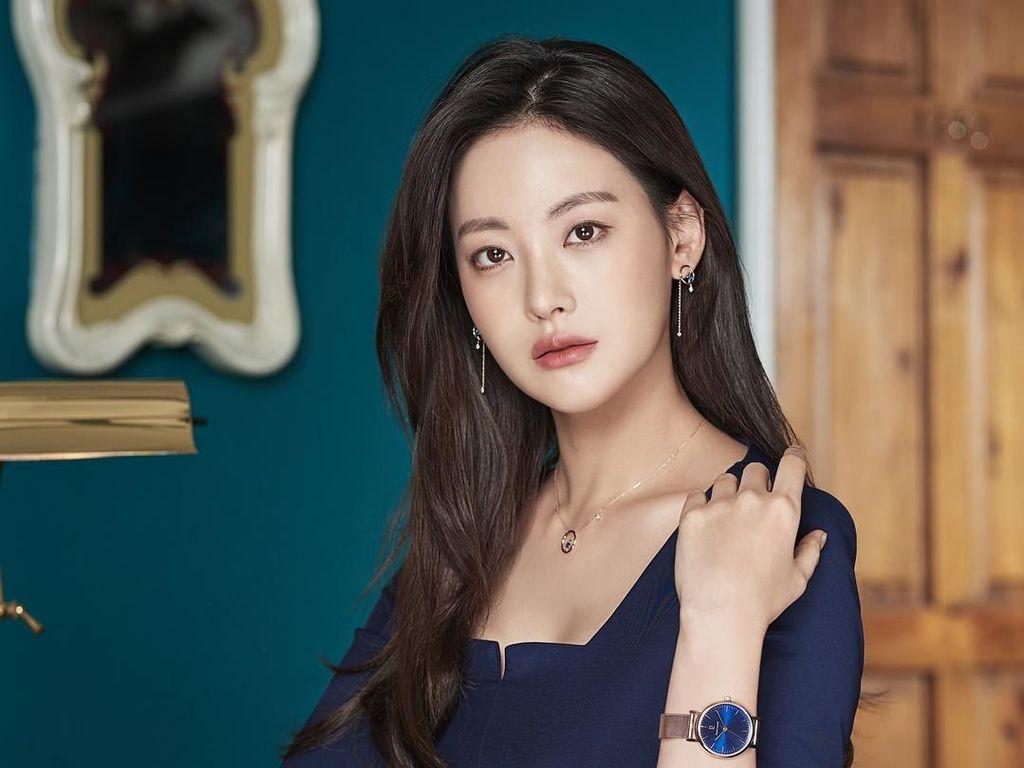 Diduga Aktris Selingkuhan Ahn Jae Hyun, Oh Yeon Seo Diserang Haters