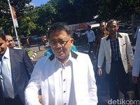 Presiden PKS Penuhi Panggilan Polisi Atas Laporan Fahri Hamzah