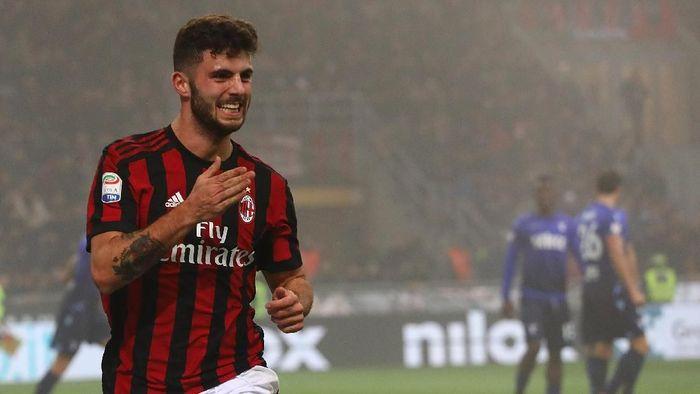 Patrick Cutrone diikat kontrak baru oleh AC Milan. (Foto: Marco Luzzani/Getty Images)