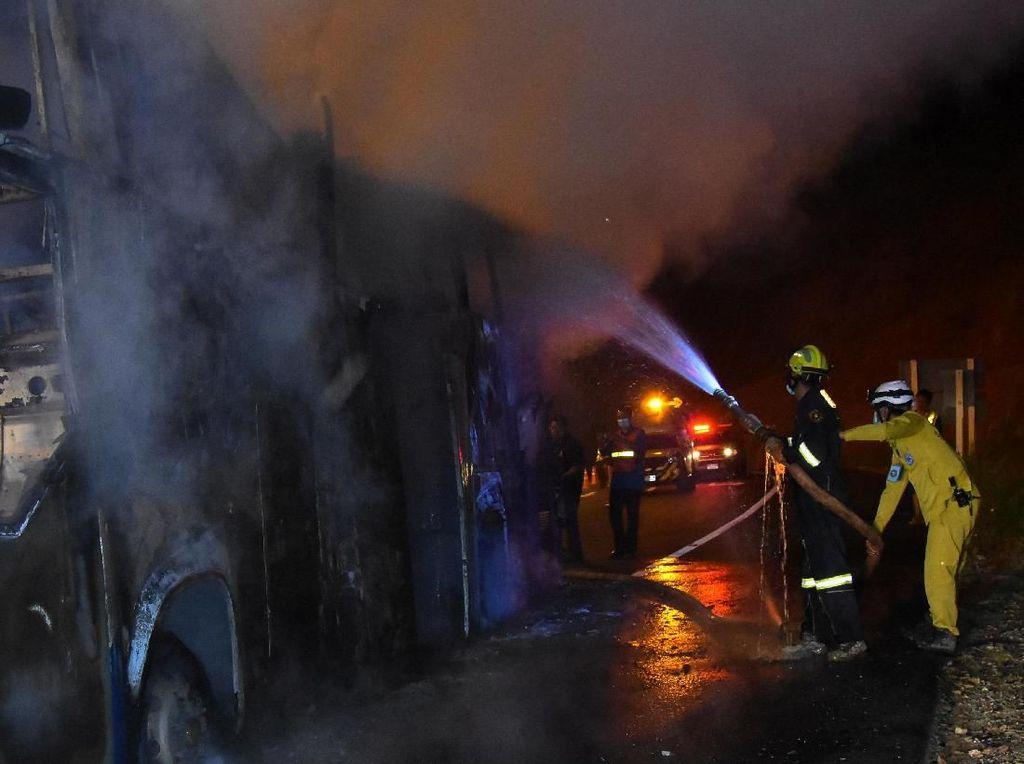 20 Pekerja Myanmar Tewas saat Kebakaran Bus di Thailand