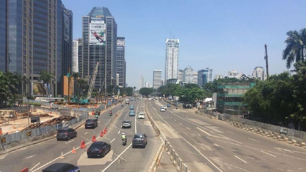 Potret Lengangnya Lalin Jakarta di Long Weekend
