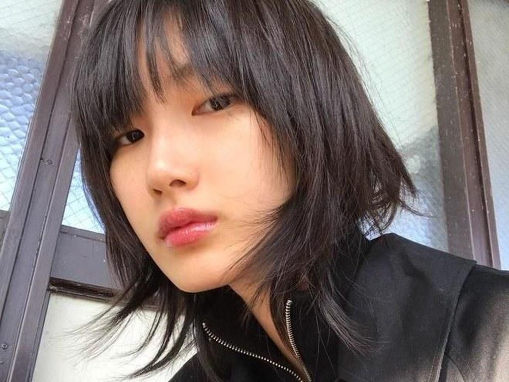 Bisa Kamu Coba! Rahasia Cantik 7 Model Korea dengan Wajah Super Mulus