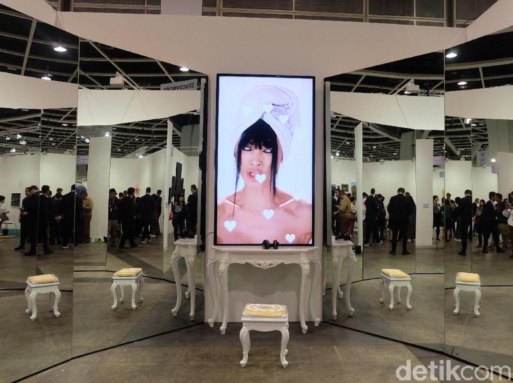 Dibatalkan karena Corona, Art Basel Hong Kong Pajang Karya via Online