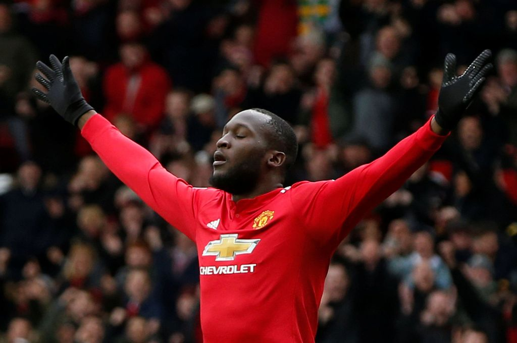 Soccer Football - Premier League - Manchester United vs Swansea City - Old Trafford, Manchester, Britain - March 31, 2018 Manchester United's Romelu Lukaku celebrates scoring their first goal REUTERS/Andrew Yates EDITORIAL USE ONLY. No use with unauthorized audio, video, data, fixture lists, club/league logos or