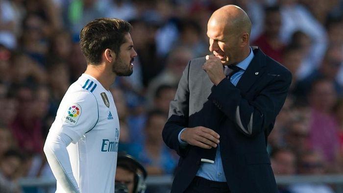 Isco dan Zinedine Zidane dikabarkan menjadi korban terbaru perampokan rumah pesepakbola di Spanyol. (Foto: Denis Doyle/Getty Images)