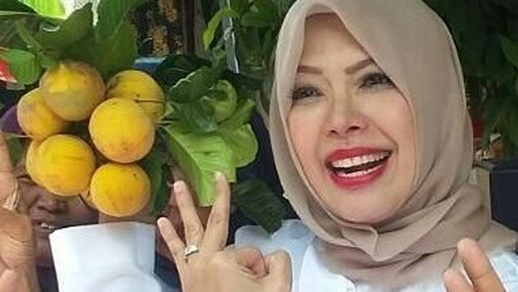 Buah Kecapi Hingga Bubur Ayam Jadi Makanan Kesukaan Istri Sandiaga Uno