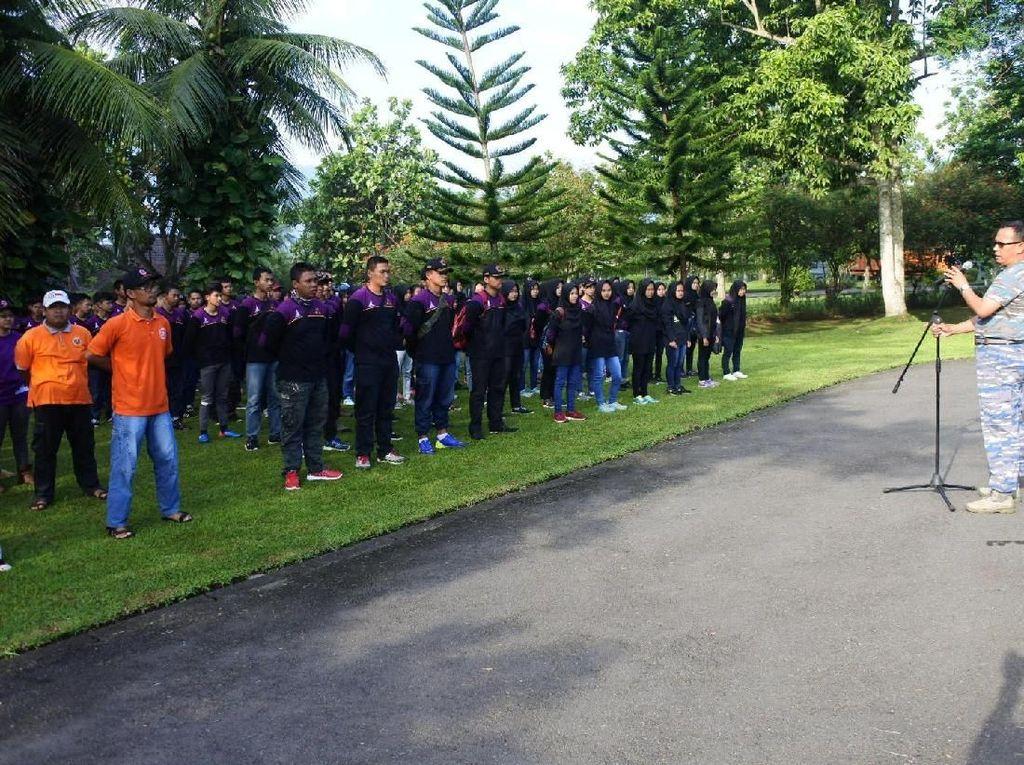 Aksi Bersih-bersih Borobudur Pasca Pesta Vivo V9