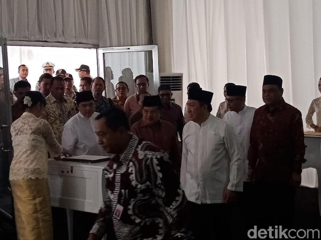 JK Hadiri Peletakan Batu Pertama Masjid At Thohir Depok