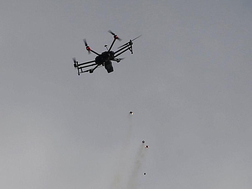 Drone Gas Air Mata Israel untuk Bubarkan Pendemo Palestina