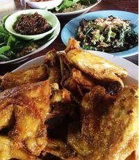 Begini Lezatnya Ayam Goreng Plus Sambal Blondo yang Jadi Favorit Presiden Jokowi