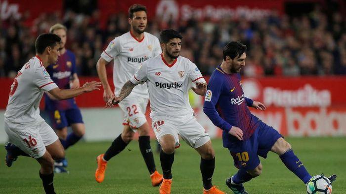 Sevilla tetap waspada meski Barcelona sedang dalam laju negatif (Foto: Jon Nazca/Reuters)