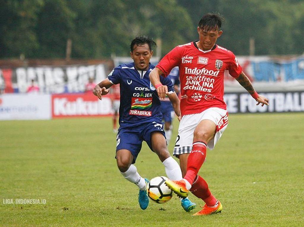 Skor Kacamata di Laga PSIS vs Bali United