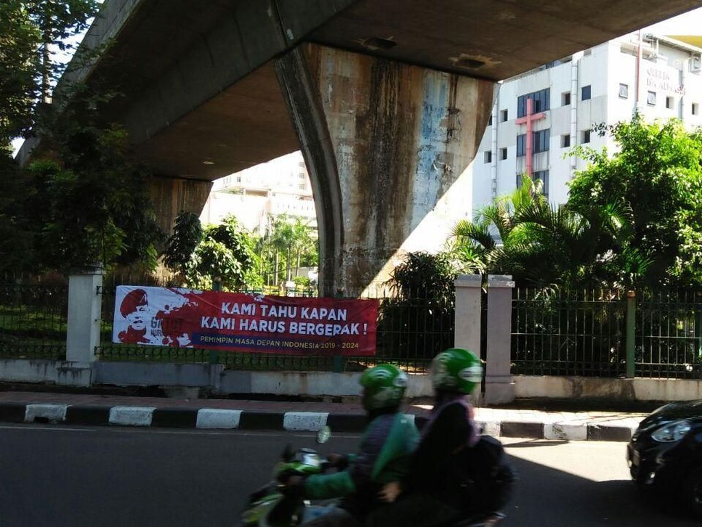 Muncul Spanduk Gatot Nurmantyo Pemimpin Masa Depan Indonesia