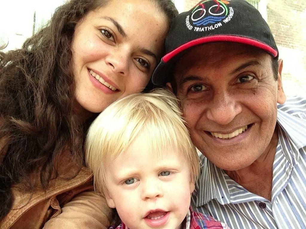 Kakak Tiri Shireen Sungkar Meninggal Dunia karena Idap Autoimun