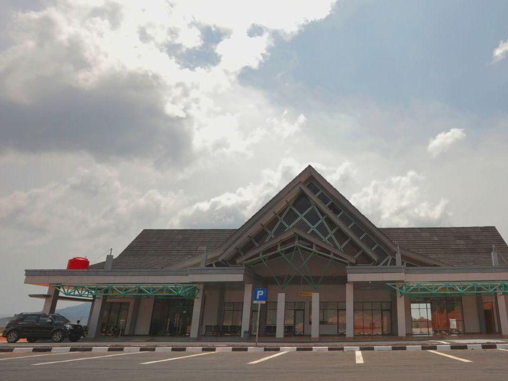 Bandara Letung Siap Beroperasi Layani Wisatawan di Anambas