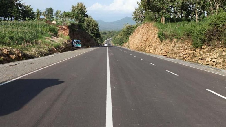 Jalur Pansela yang mulus dan sepi (Ristyan/Kementerian PUPR)