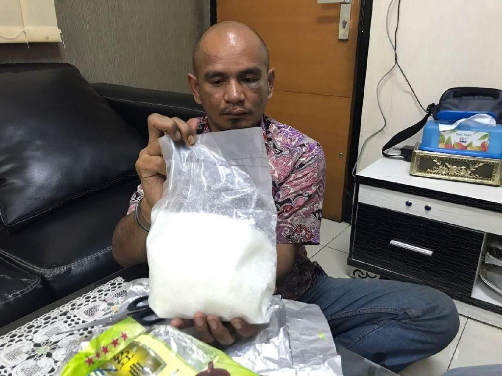 Polisi Tangkap Kurir 4 Kg Sabu di Pelabuhan Tanjung Priok
