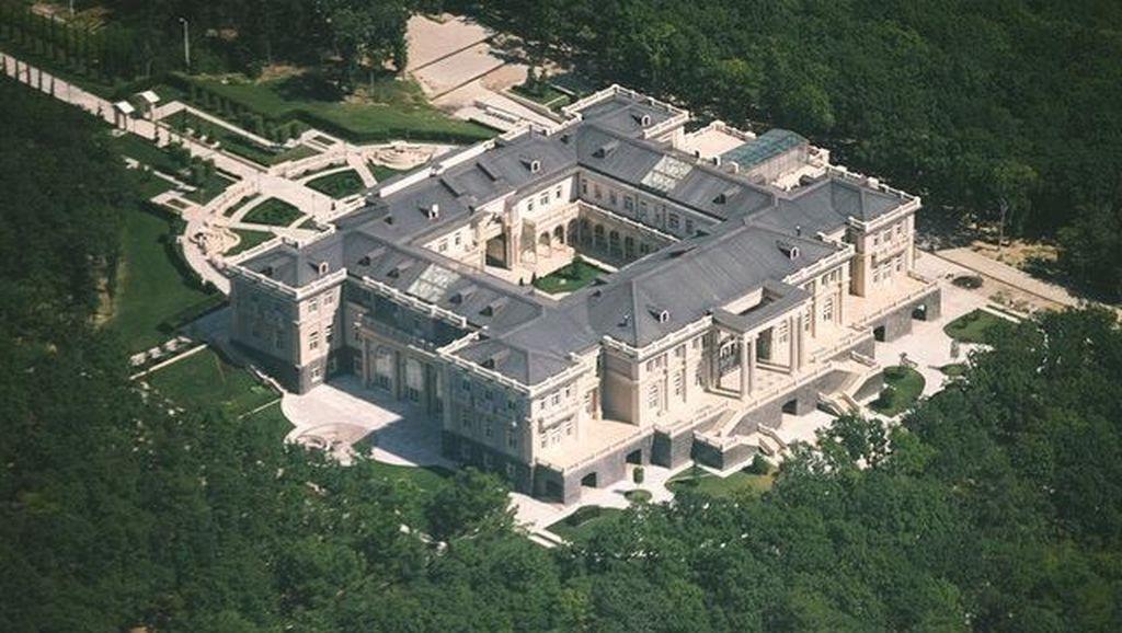 Intip Istana Rp 13 Triliun Putin, Presiden yang Dikagumi Fadli Zon